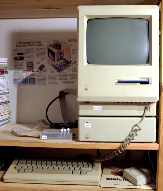 Apple Macintosh mit 512k Aufrüstung, HD20 und BMOW Floppyemulator