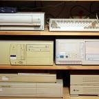 Acorn RiscPC, Commodore Amiga A600, Noname-PCs mit Haiku und Windows NT 4.0, DEC Vaxstation 4000VLC und Vaxstation 3100