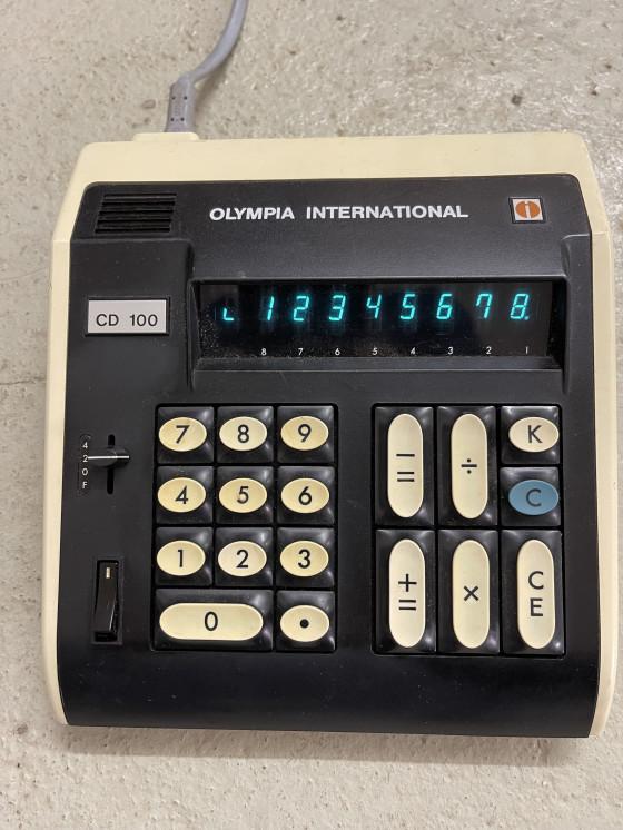 Olympia CD100