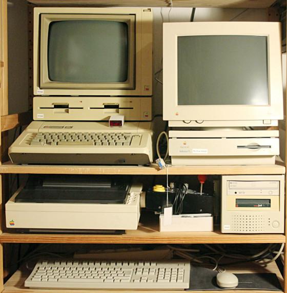 Apple //e, Apple Scribe Printer und Apple Macintosh Performa 475